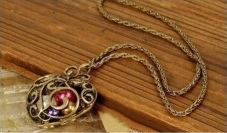 Renee Reynolds prize giveaway bronze long necklace with locket